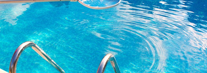 cara perawatan kolam renang hotel dan apartemen